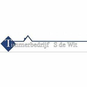 S. de Wit Timmerbedrijf logo