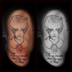 Crown Tattoos image 5