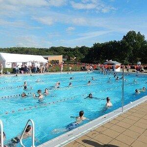Sportloket Velsen Zwembad de Heerenduinen image 2