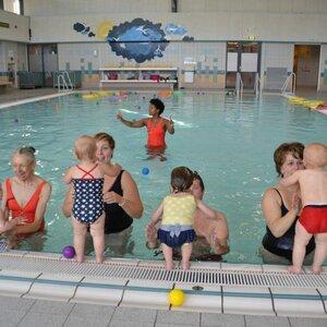 Sportloket Velsen Zwembad de Heerenduinen image 6