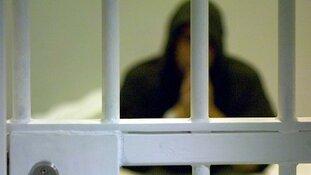 Verdachten vast na babbeltrucs bij hoogbejaarde slachtoffers