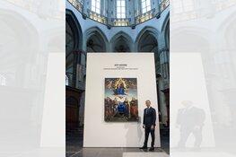 Jeff Koons onthult eigen kunstwerk in De Nieuwe Kerk
