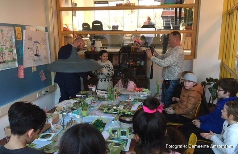 Kinderen ontdekken de stadsnatuur