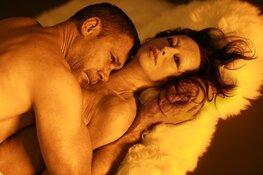Brits toneeltalent Robert Icke herschrijft en regisseert Oedipus