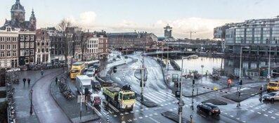 Amsterdam gaat verkeersdrukte te lijf