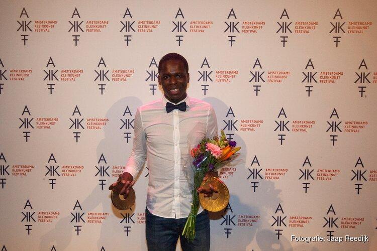 Glodi Lugungu wint  jury- en publieksprijs  AKF Sonneveldprijs 2018