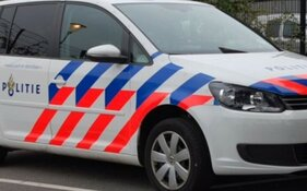 Tram botst met auto in Amsterdam