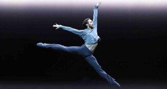 James Stout bevorderd tot eerste solist bij het Nationale Ballet