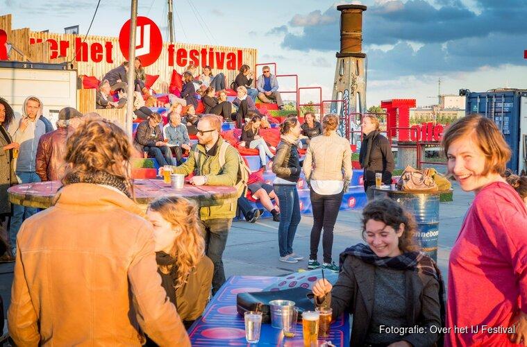 10 dagen lang avontuurlijk theater op bijzondere plekken in de stad bij Over het IJ Festival