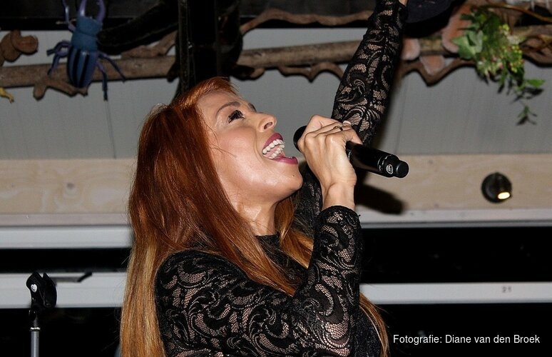 Glennis Grace naar liveshows America's Got Talent