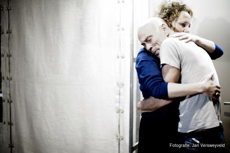 Internationaal Theater Amsterdam trapt seizoen af met evergreen Scènes uit een Huwelijk