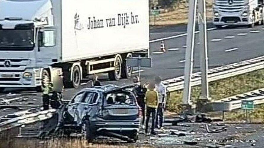 Meerdere rijstroken afgesloten na ongeluk op A4