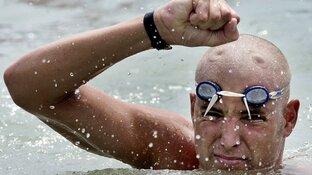 Opbrengst zwemtocht Maarten van der Weijden gestegen naar 3,5 miljoen