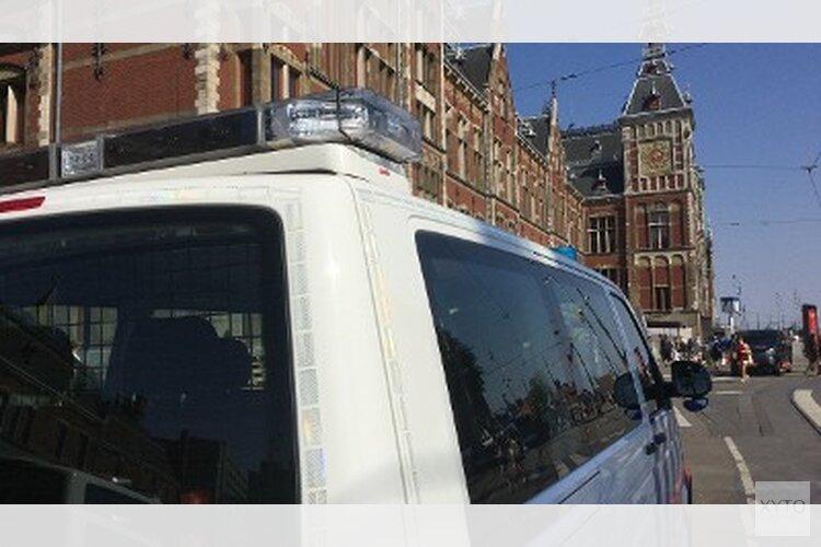 Verdachte neergeschoten na steekincident op Amsterdam Centraal Station