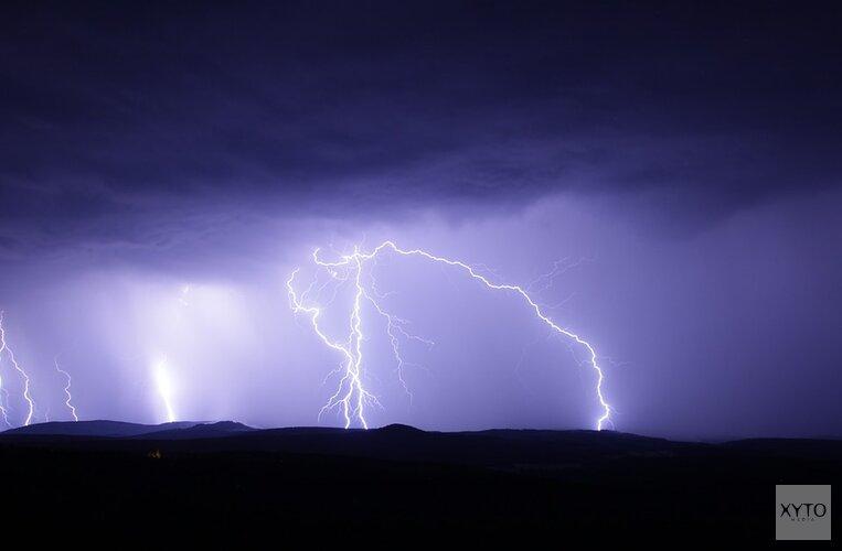 Somber weer houdt aan: vanavond kans op onweer en harde windstoten