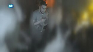 Man slaat cafébezoeker met glas op achterhoofd, politie geeft beelden vrij