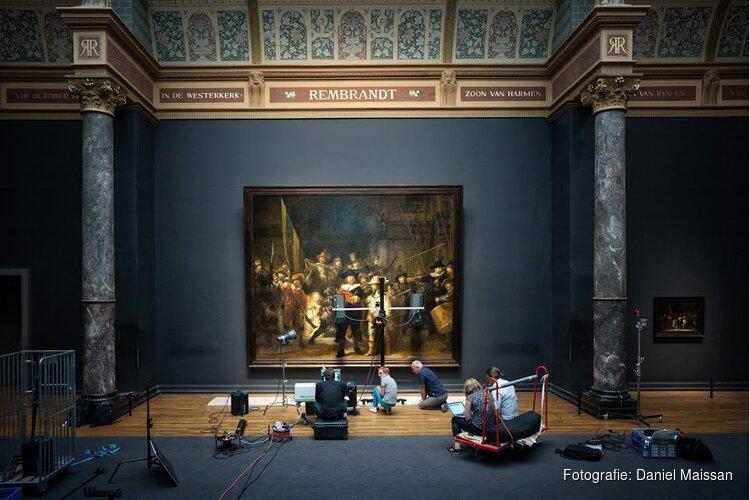 Rijksmuseum restaureert Rembrandts Nachtwacht voor het oog van de wereld