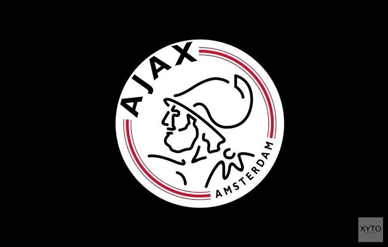 Olympique Lyon paar maten te groot voor Ajax-vrouwen