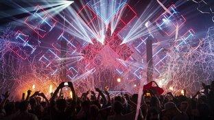 Ademklachten bij feestgangers ADE-concert Martin Garrix door 'traangas'