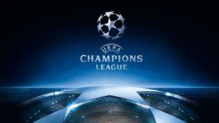 Tadic schiet Ajax naar volgende ronde Champions League