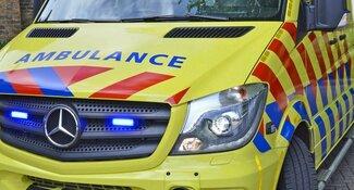 Twee gewonden bij ongeluk met scooter en auto