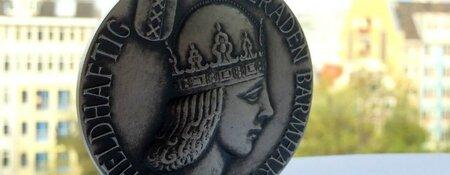 Zilveren Medaille voor theatermaker Liesbeth Coltof