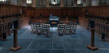 De Oude Kerk als muziektempel: Canadees Kunstenaarsduo laat publiek op het Grote Orgel spelen