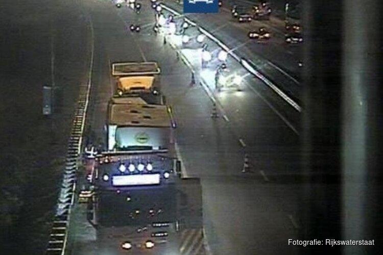 Klapband trucker en ongeluk A9: files in beide richtingen