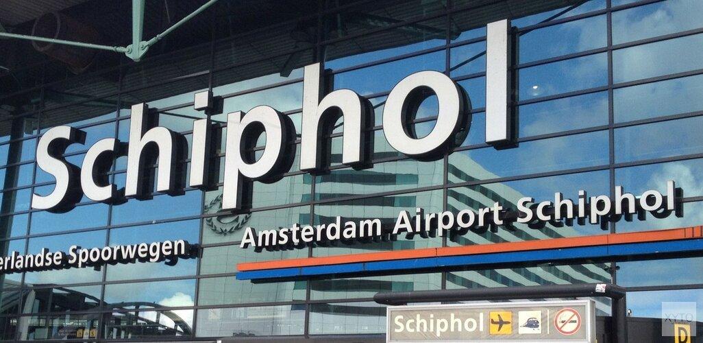 Vertrekhal op Schiphol korte tijd ontruimd na bommelding