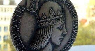 Zilveren Medaille voor politiechef Pieter-Jaap Aalbersberg