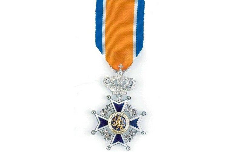 Filosoof benoemd tot Officier in de Orde van Oranje-Nassau