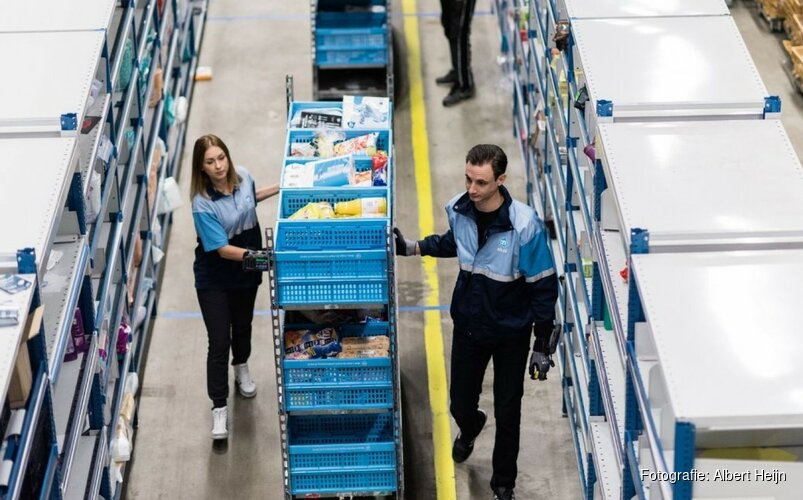 Albert Heijn opent distributiecentrum voor thuisbezorging in Amsterdam