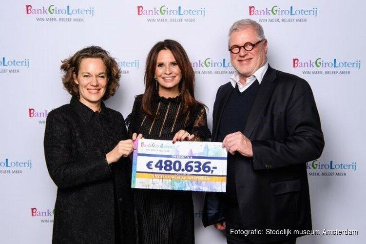 STEDELIJK ONTVANGT 480.636 EURO VAN BANKGIRO LOTERIJ
