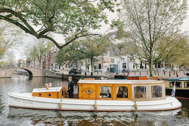 Ontdek Berlage met een rondvaart door de grachten van Amsterdam
