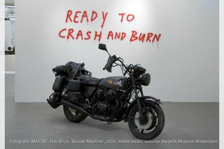 Hedendaagse beeldhouwkunst uit de collectie van het Stedelijk Museum Amsterdam
