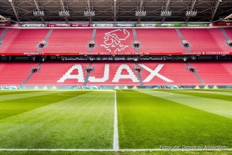 Ajax verlengt contract Marc Overmars