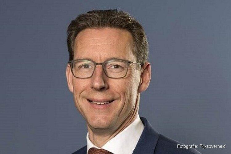 Tjapko Poppens officieel nieuwe burgemeester van Amstelveen