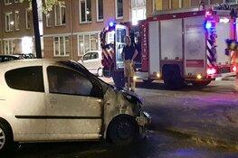 Verdachten vluchten bij autobrand in Amsterdam-Zuidoost