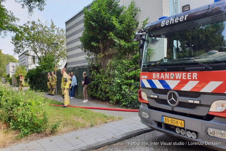 Veel rook bij bermbrand Gooiseweg
