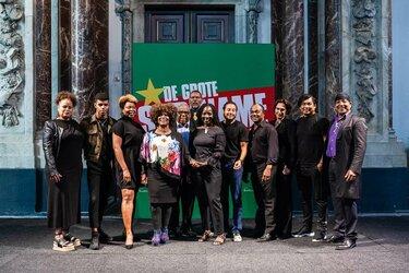 Cast en scriptschrijvers De Suriname Monologen bekend