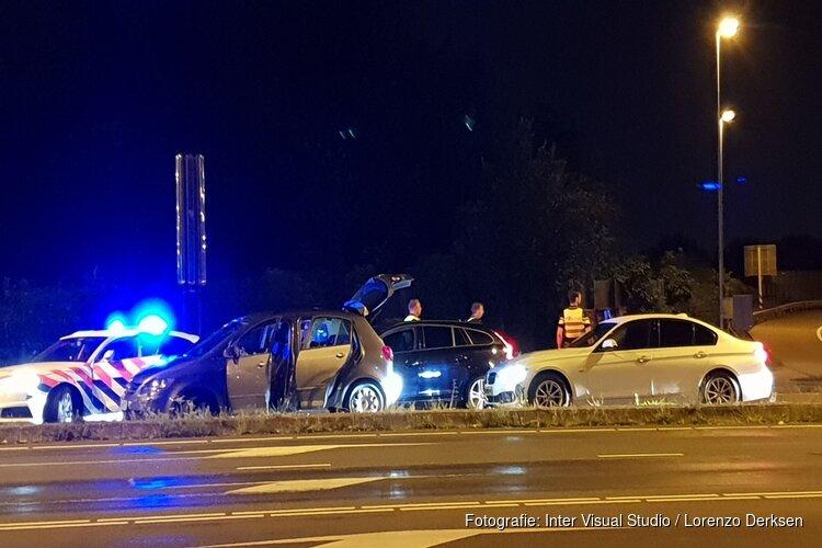 Wilde achtervolging vanuit Duitsland eindigt in Duivendrecht: politie schiet banden lek