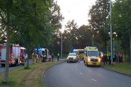 Auto op boom in Zuidoost; drie gewonden