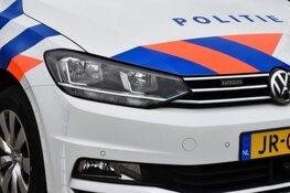 Kinderwagen aangereden, baby gewond, bestuurder rijdt door