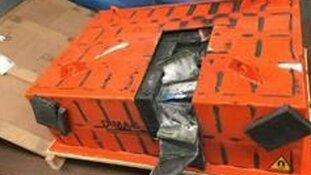 Aanhoudingen na vinden van 32 kilo crystal meth