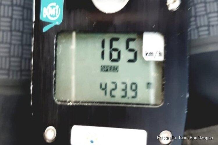 15-jarige joyrider scheurt met 165 kilometer per uur over A10