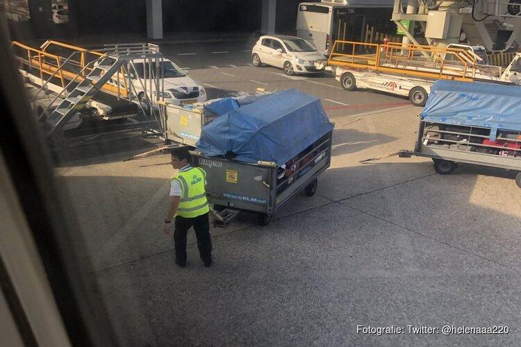 Overwerk voor KLM'ers door stakend grondpersoneel: bemanning laadt zelf ruimbagage in