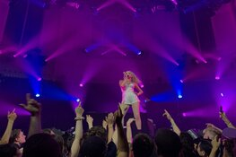 Pop zangeres Kim Petras in Paradiso