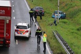 Auto zwaar beschadigd bij ongeluk op N201