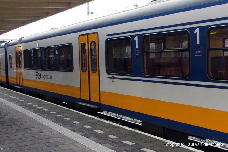Hele dag minder treinen tussen Amsterdam, Schiphol en Hoofddorp