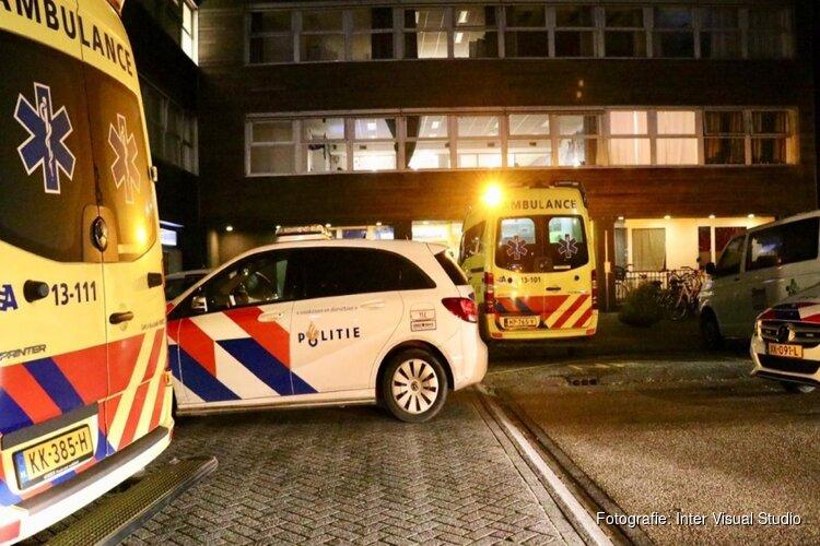 Slachtoffer naar ziekenhuis na steekincident Amsterdam
